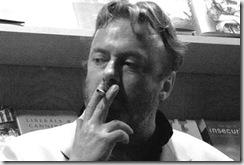Hitchens-Bog-ne-ljubov_500