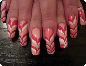 water-marble-nail-art-design