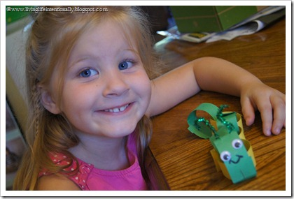 I is for Inchworm Preschool Craft