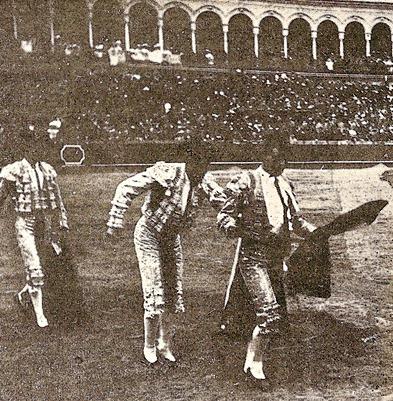 1908-04-25 Sevilla Miura Moreno de Alcalá 002