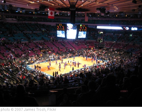 'New York Knicks vs Phoenix Suns' photo (c) 2007, James Trosh - license: http://creativecommons.org/licenses/by/2.0/