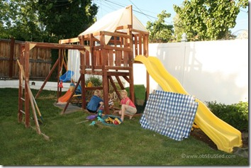 Sand Box obSEUSSed back yard