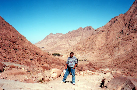 Obiective turistice Egipt: la manastirea Sf. Ecaterina din Sinai