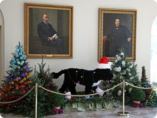 White House Christmas Bo Sculpture