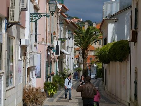 12. Pe strazile din Cascais, Portugalia.JPG