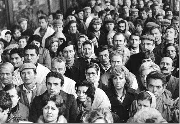 Comizio sindacale degli operai della Pirelli, Milano, 1977