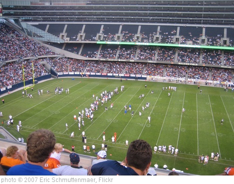 'Chicago Bears Family Night_001' photo (c) 2007, Eric Schmuttenmaer - license: http://creativecommons.org/licenses/by-sa/2.0/