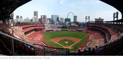 'Busch Stadium' photo (c) 2012, Nikonian Novice - license: https://creativecommons.org/licenses/by-nd/2.0/