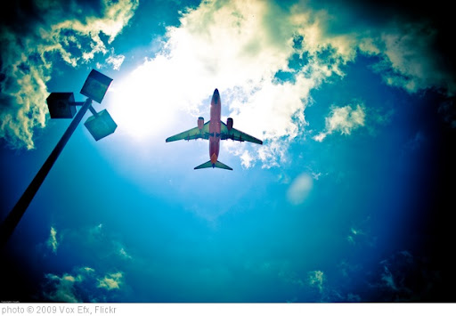 'Aeroplane' photo (c) 2009, Vox Efx - license: http://creativecommons.org/licenses/by/2.0/