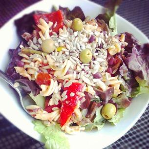 3 Nudelsalat-Salat-Schüssel