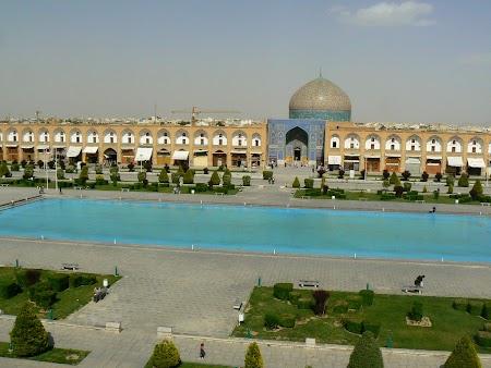 14. Piata Centrala Isfahan.JPG