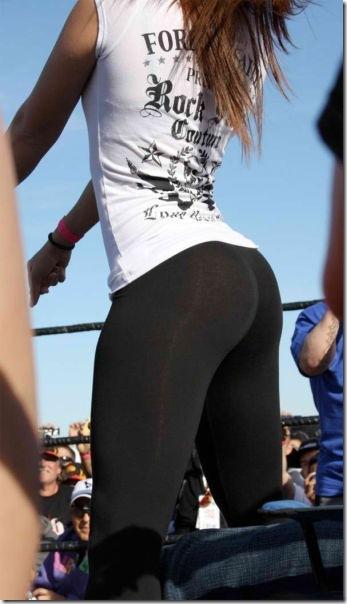 yoga-pants-girls-34