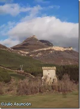 Torre de Celigüeta y peña de Izaga