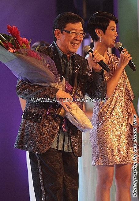Starhub TVB awards 2012 winner Bowie Wu Fung veteran Hong Kong actor Professional Spirit Award Singer KEVIN CHENG MYOLIE WU SUNNY CHAN Moses chan RUCO CHEN FALA KATE TSUI TAVIA YEUNG GRASSHOPPER WAYNE LAI KENNETH MA KENNY WONG