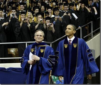 large_Barack-Obama-John-Jenkins-notre-dame-051709