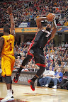 lebron james nba 131127 mia at cle 06 LBJ Wears Away 11s and... Goes Back to Elite 10s, Again!