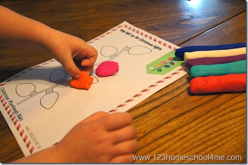 Follow direction free playdough mat Chrsitmas activity for kids