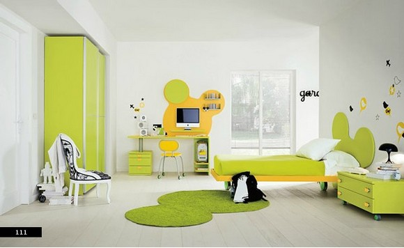 semi-cartoon-color-kids-bedroom.jpg