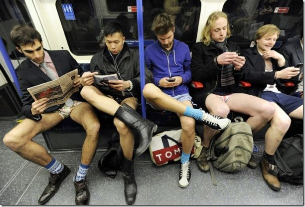 no-pants-subway-ride-15
