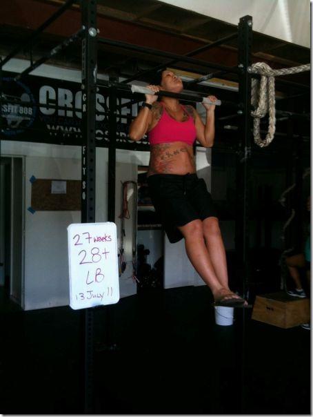 pregnant-workout-exercise-19