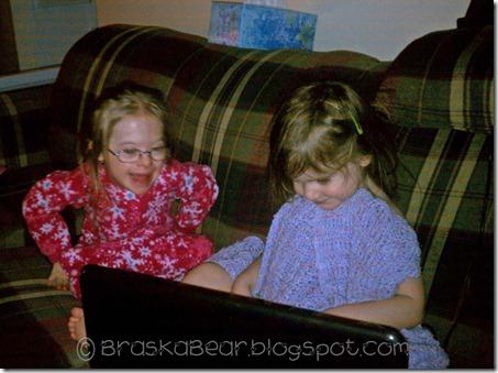 sisterscomputer1