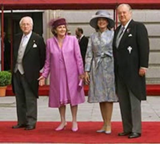 A la derecha Santiago Ybarra junto a su esposa, Mercedes Baptista. A su lado Antonio Mingote y su esposa