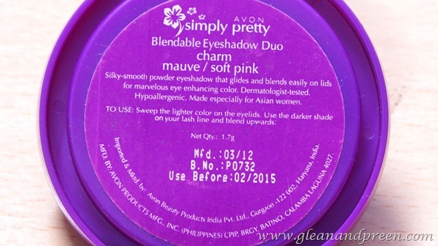 Avon Simply Pretty Eye Shadow Directions