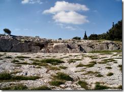 Nejstarší předchůdce internetu: šikmý plochý kámen na kopci Pnyx v Aténách.