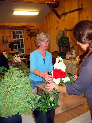 Yuletide Topiary Workshop