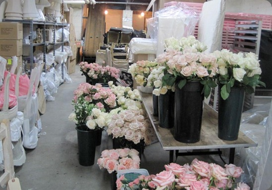 154499_327917387281718_169544096452382_64358750_582084017_n rachel ashwell behind the scenes of Fresh Flower Market Fridays