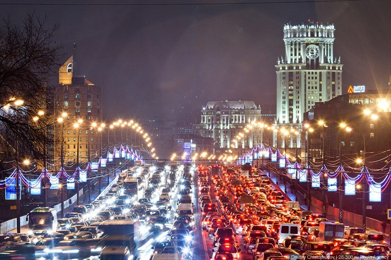moscow-traffic-jam-06