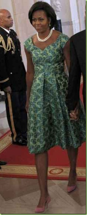 Michelle%20Obama%20pink%20shoes%20green%20dress