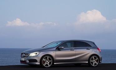 2013-Mercedes-Benz-A250-AMG-Sport