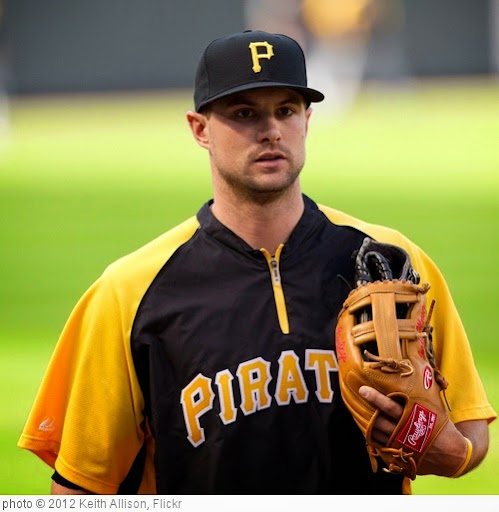 'Jordy Mercer' photo (c) 2012, Keith Allison - license: https://creativecommons.org/licenses/by-sa/2.0/