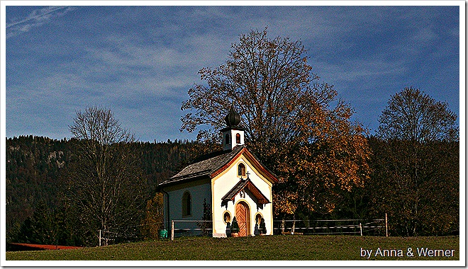 2011_10_29_027_PeternhofBlickAufKapelle