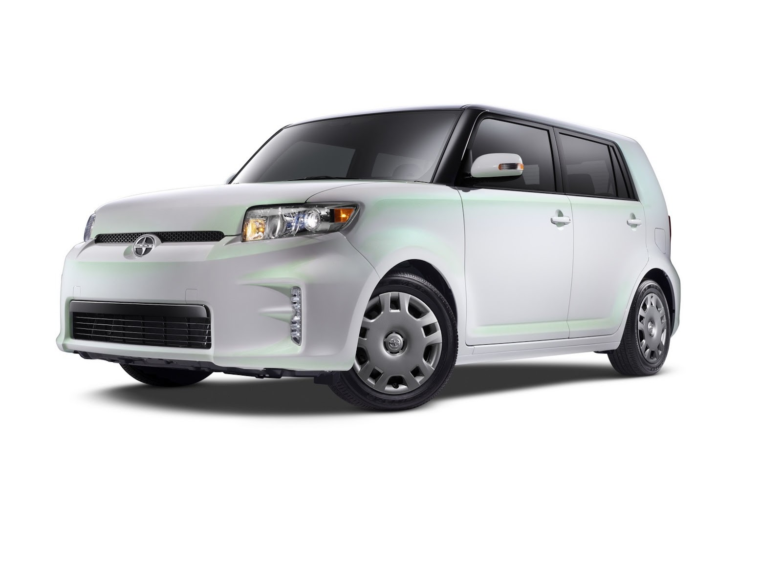 Scion Xb Release Series 10 0 Infused With Techie Style Toyota