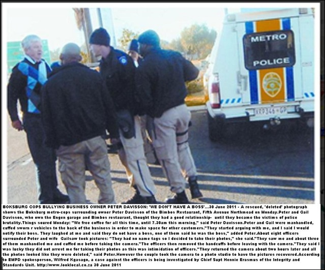 DAVISSON PETER surrounded_BOKSBURG_METROCOP_BULLIES_june272011