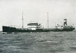 El buque tanque CAMPOMANES en pruebas de mar. Foto de la revista INGENIERIA NAVAL. Junio de 1932