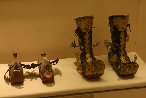 Mandarin boots and shoes, gilded metal, Nguyen dynasty, 19th - early 20th century. Object for worship. Expectations of taking off while wearing.