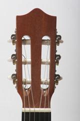 guitarra clasica clavijero cuerdas