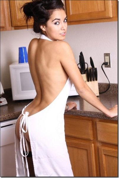 kitchen-women-work-19