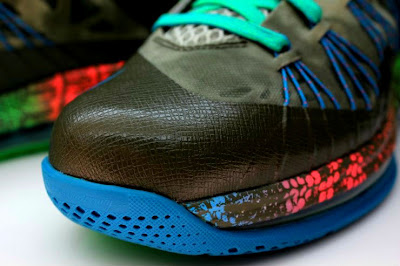 nike lebron 10 low gr black turquoise blue 2 17 Additional Look at Nike LeBron X Low Tarp Green