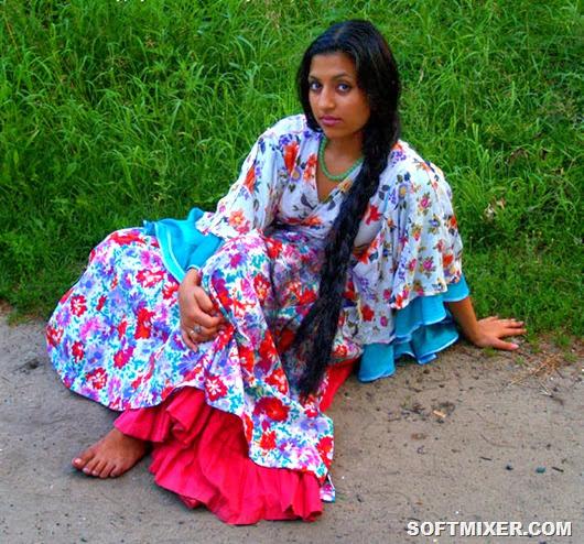 Anjela_Batalova_Russian_Gypsy_01
