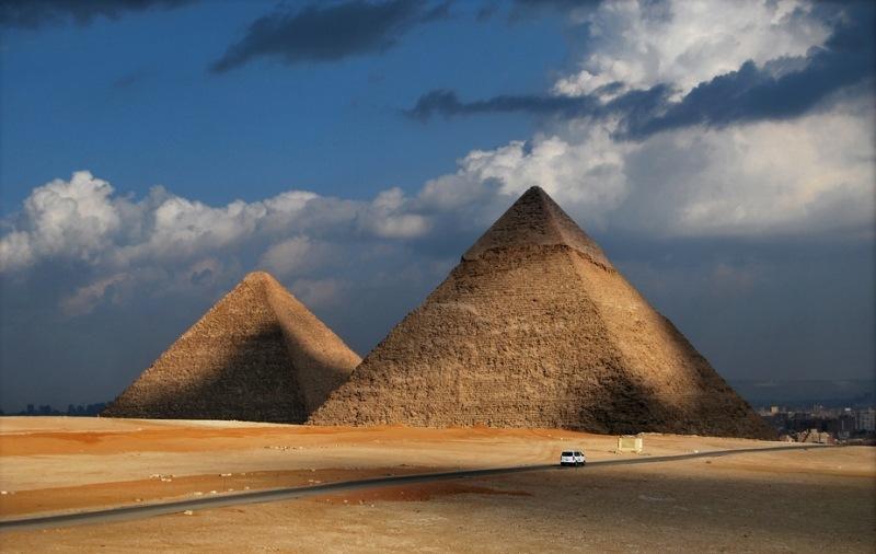 Piramides-de-Kefren-y-Keops-a23752064