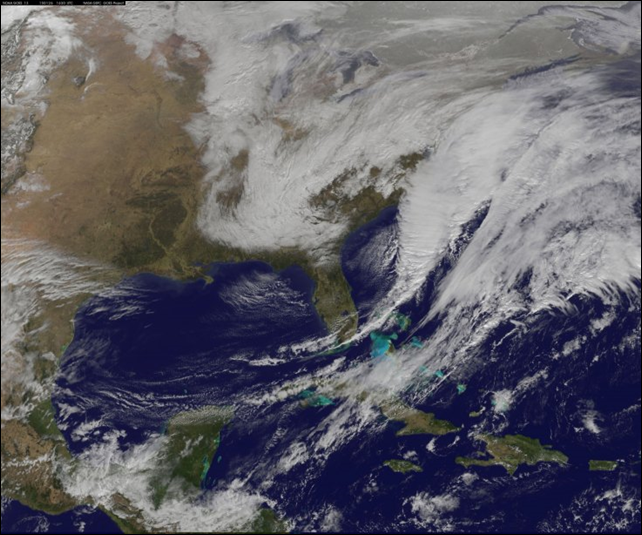 A NOAA satellite captured the center of the developing nor'easter named Juno, located off North Carolina's Outer Banks, on 26 January 2015. Photo: NASA / NOAA Goes Project