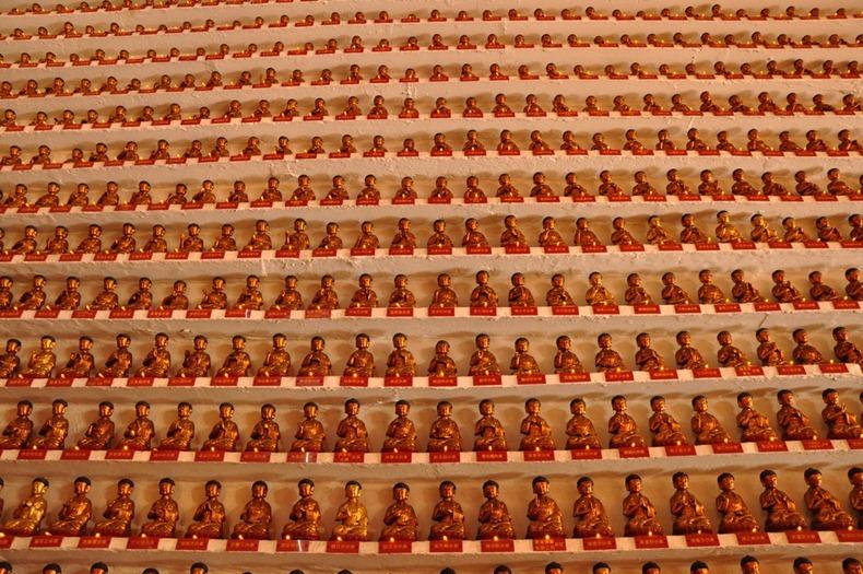 10000-buddhas-monastery-10