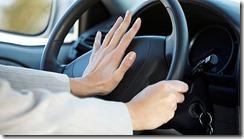 driver-honking-a-car612x344 (2)