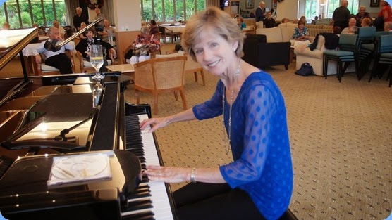 Denise Gunson gave an impromptu but slick nevertheless performance during Happy Hour. Photo courtesy of Dennis Lyons.