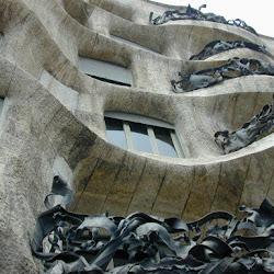 26.- Gaudí. Casa Milá