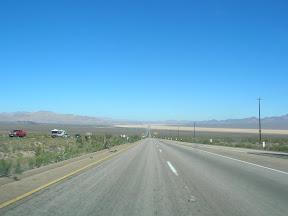 047 - Desierto entre California y Nevada.JPG